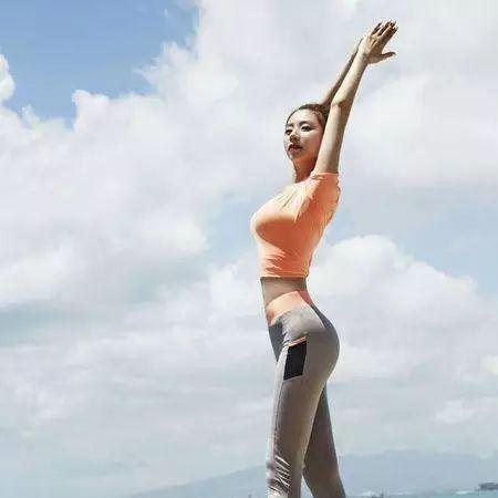 腿粗v瘦腿?瘦腿方法的最快瘦脸打眼镜脸痒钟为什么女生和肿图片