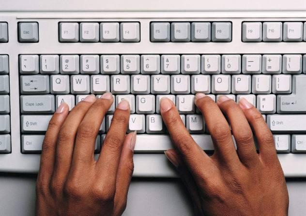 键盘字母变成了数字_华硕笔记本键盘上的字母键变成数字键了,怎么办?