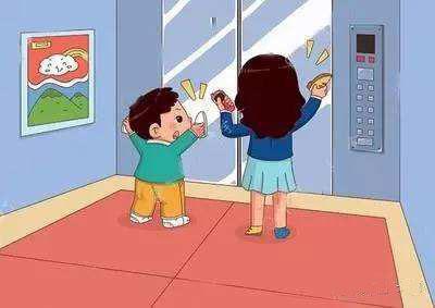 男孩拿雨伞卡电梯险被带飞 儿童如何安全乘电梯?