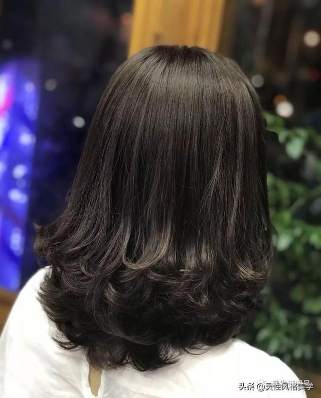 直发短发发型图片2019黑色 2019最新拉直发型图片