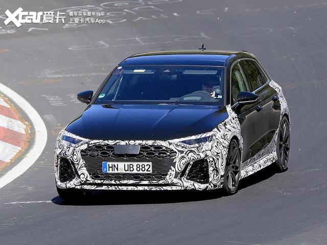 #家有汽车#有望年底亮相/动力提升 奥迪全新RS3 Sportback最新谍照曝光
