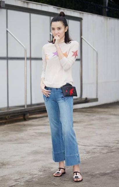 『最时尚』盘点六位女星牛仔裤的穿搭,看看有没有你喜欢的