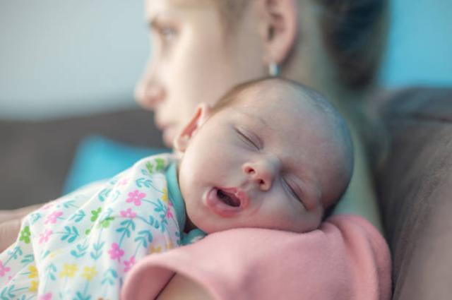 超级宝妈|新生儿出生多久能认识妈妈?答案你或许不知道,很暖心