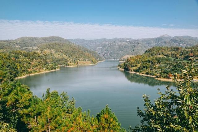 在途上▲游浙南地区的最大湖泊,品畲族文化,感受山水间的时尚体育小镇