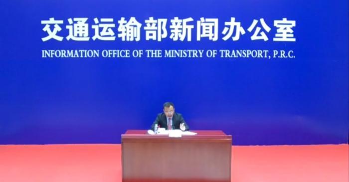 """「中国新闻网客户端」交通运输部:鼓励""""客改货"""" 增加航空货运能力"""