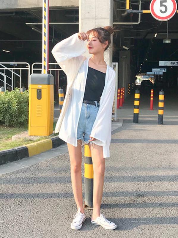 时尚探究社夏季穿开衫,是可以让气质与潇洒共存的!3种开衫搭配显时尚气场