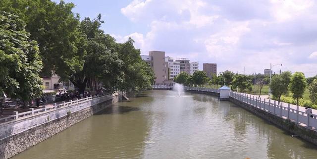 广州日报白云区新建一所双语幼儿园,本月底施工,村民可享半价