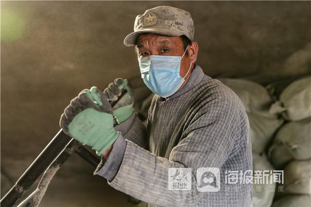 大众网东营东营市抗击疫情优秀志愿者高乐村:逆行在抗疫一线的摄影家