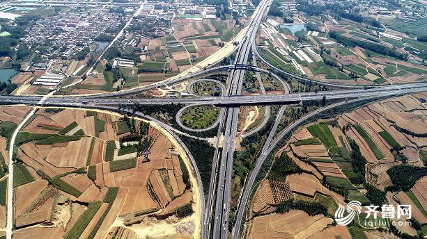 蛋蛋懂车:京沪高速上海方向转日兰高速菏泽方向匝道3月23日起封闭施工