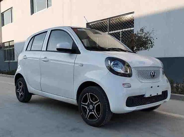 """家有汽车■北京汽车要走众泰的老路?高仿""""smart""""大猫电动车即将上市"""