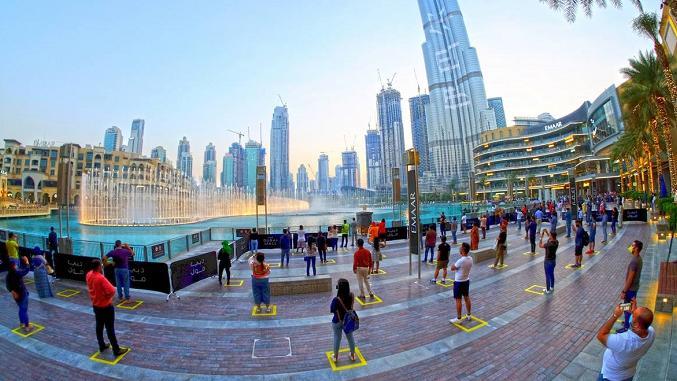 央视新闻客户端阿联酋迪拜世界最大音乐喷泉表演重启