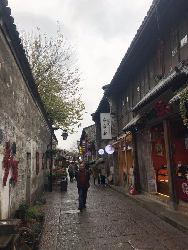 约吗旅行:宁波吃货最爱逛的一条街,到宁波旅行别错过,有6大美食值得品尝