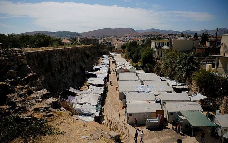 「央视新闻客户端」?希腊:难民违反防疫措施举办聚会 组织者被处以5000欧元罚款
