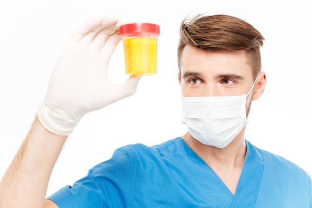 小便泡沫较多,常见的生理性以及病理性原因,细心观察保健康