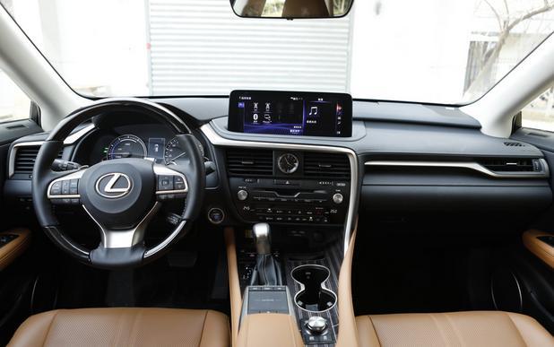 车与生活■与ABB不一样的豪华体验,雷克萨斯RX450hL真的那么有性格吗?