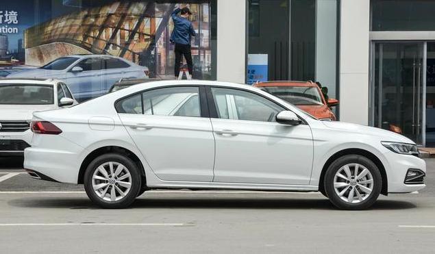 【阿虎汽车】性价比超高的合资之一,外观比卡罗拉大一圈,才卖6.88万