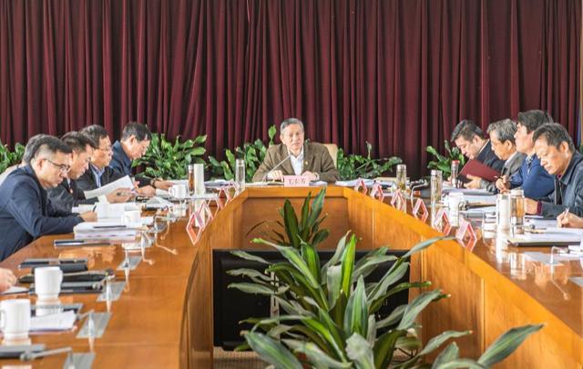 全国党媒信息公共平台■市政府召开第38次常务会议 毛宏芳主持