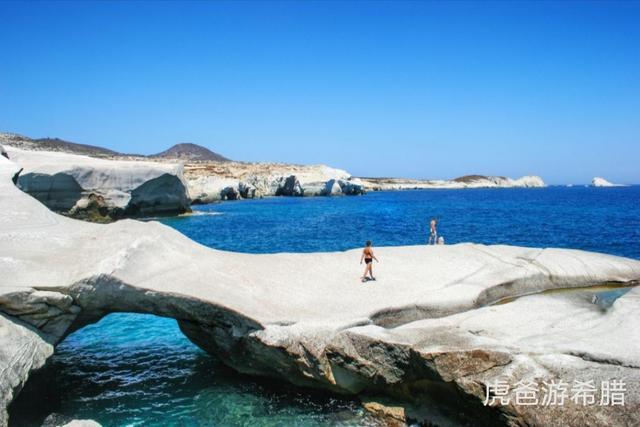 白雪霏霏▲希腊坐帆船出游畅玩爱琴海的岛屿,和你爱的人夜晚静静的看流星雨