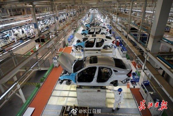 """#光明网#武汉开发区工业经济连续两月正增长,""""千亿大道""""重振跑出""""加速度"""""""