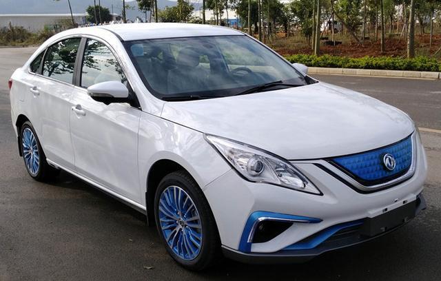 #家有汽车#东风新纯电景逸S50实拍!用比亚迪电池 这项数据比肩丰田卡罗拉
