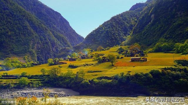 """#旅行柚子君#云南怒江:风景不比大理差,却被称为""""三无城市"""",只因太低调了"""