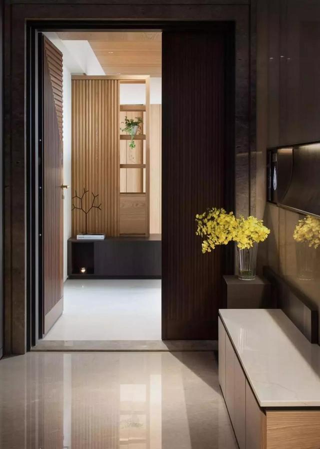 「最爱家装」头次见到这么漂亮的房子,198平,进屋就被电视墙迷住,太高级了