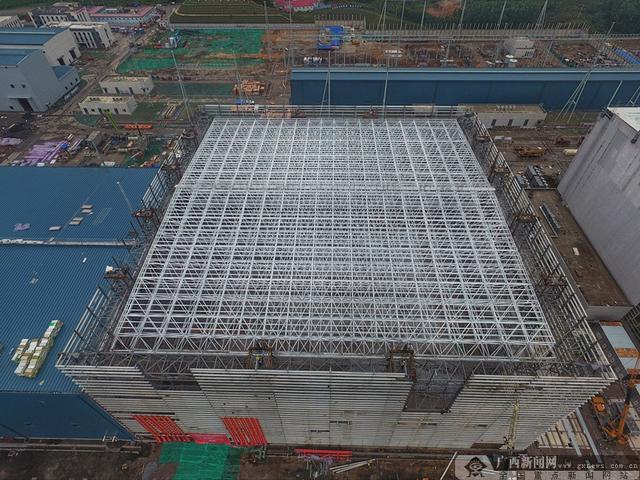 广西新闻网■18个篮球场大的网架抬到11层 广西送变电刷新纪录