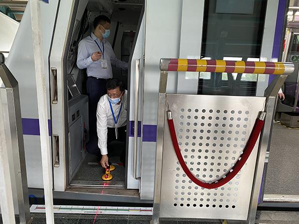 澎湃新闻:地铁稳不稳也看司机手上功夫,上海地铁办了一场基本功大赛