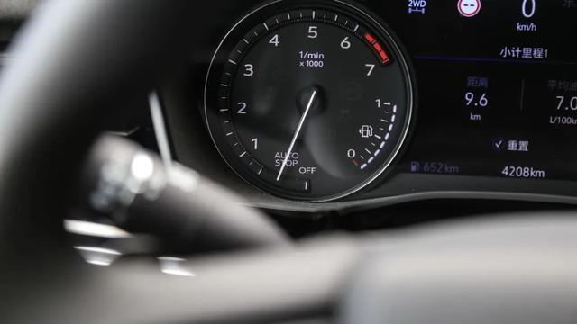 乘车御剑@2.0T+9AT,还带四驱,凯迪拉克XT6油耗测试结果曝光