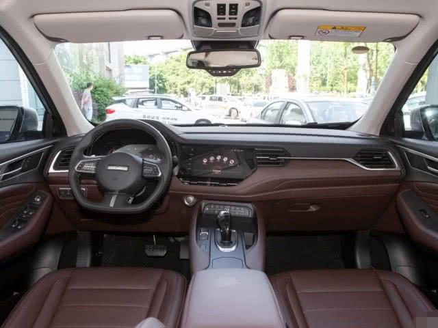 「汽车资讯」低价不低端,2.0T+7DCT,起售8.18万,这车黑不动