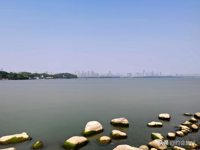 「趣旅游」五一小长假去武汉东湖绿道骑行,在百花与山水间探秘江城绮丽之春