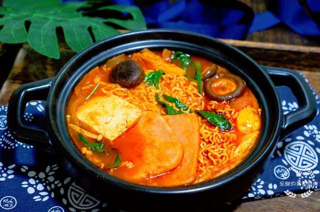天冷一定要吃这一锅,热热乎乎,开胃好吃,没放肉却比肉还好吃