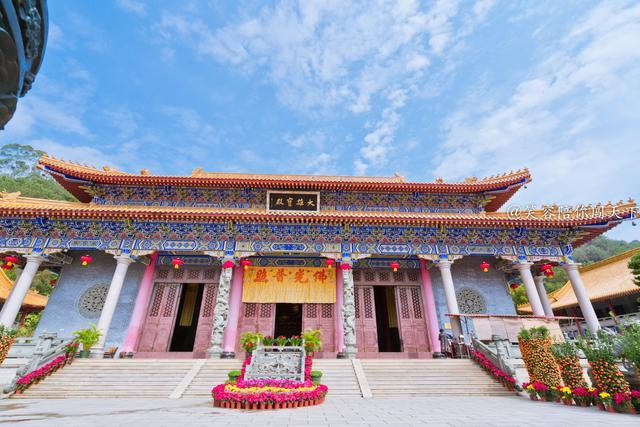 「约吗旅行」广西第一座出家人受戒道场,同时也是华南现代第一大寺,就在梧州