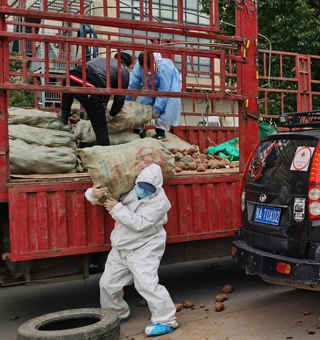 阿虎汽车■唐山勇士自驾来汉做志愿者,28天后意外发现肺部长有肿瘤