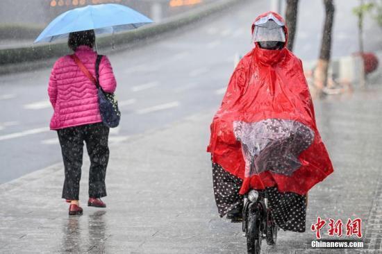 """环球网:多地气温经历""""过山车""""华北迎今年首场大范围春雨"""