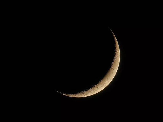北青必读24日夜空将现金星、水星合月天象 两颗亮星将伴月牙闪耀天空