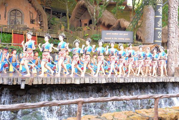 畅游海南槟榔谷,领略黎苗民族文化