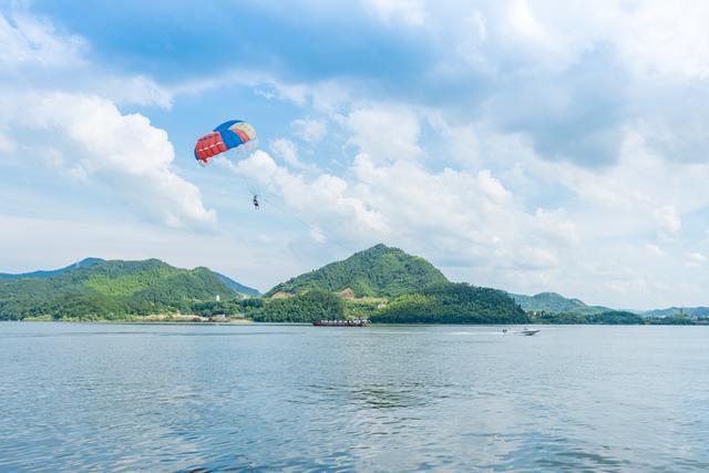 约吗旅行@不愧为江南水乡,杭州除了西湖外还有这几座湖可以游览