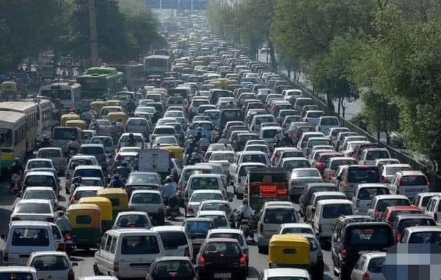 阿虎汽车:四次史诗级别大堵车,国内占两次,经历过才算老司机