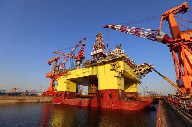 【汽车大咖】我国渤海发现大型油田,炼成汽油后可供1万辆轿车行驶5年