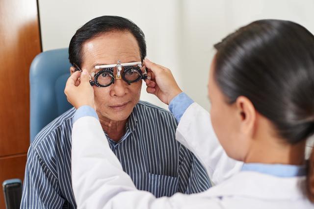 「健康直通车」五类人群易患青光眼 需定期进行眼部检查