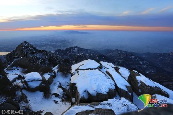 泰山雪景迷人 美如童话世界