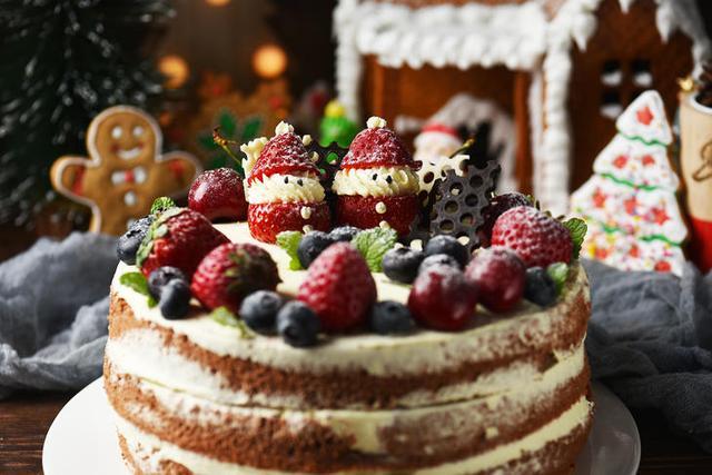 自己动手做草莓裸蛋糕,就这么简单大气!