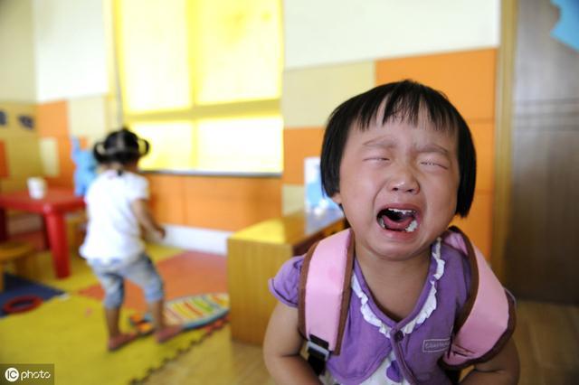 孩子哭闹、不听话解决方法很简单,但很少有人会这么做!