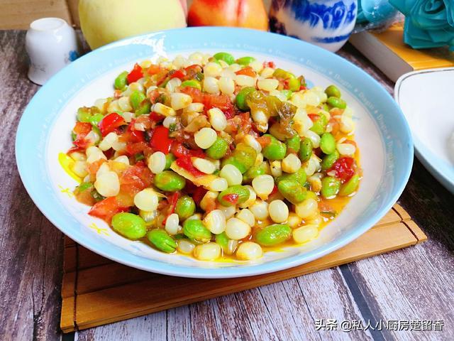 新鲜毛豆米千万不要直接下锅炒,这样做鲜嫩入味多汁,拌饭超好吃